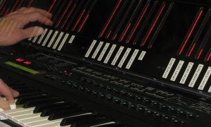 Yamaha DX7 Real-Time Interactive Controller